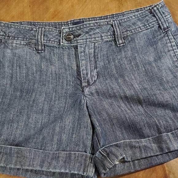 GAP Pants - Shorts